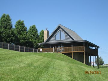 Pigeon Forge cabin rental - Welcome to Valley Retreat cabin (1 of 3 Valley Cabins)