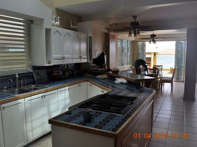 Dorado house rental - Kitchen with ocean views