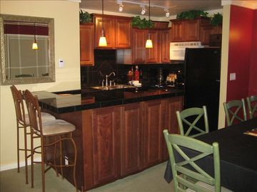 Olympic Valley condo rental - Deluxe kitchen