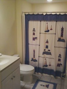Adagio Ocean City condo rental - Bath 3 is off entrance hallway and next to bedroom 3.