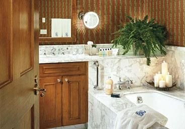 Beautiful bathrooms- Italian Marble!!