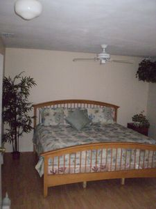 Treasure Island house rental - King Master bed