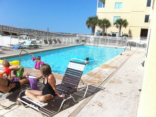 Gulf Shores condo photo - Great large pool