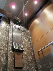 Take the elevator to the top floor unit - Seattle apartment vacation rental photo