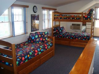 Bay Head house photo - Dorm Room
