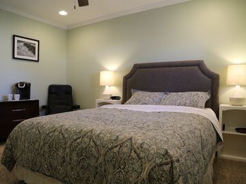 Paso Robles apartment rental - Queen Size Bed with 800 thread count cotton sheets for maximum comfort.
