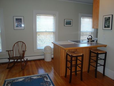 Camden apartment rental - Kitchen bar