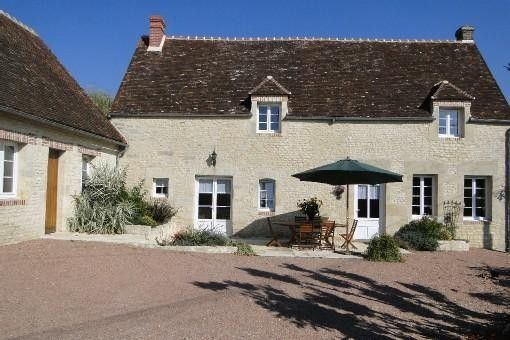 ARGENTAN house nestled in the heart of a remarkable garden