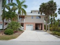 Anchorage Palms II: Spacious 3BR/3BA, Walk to Beach, See twin unit #511246 also