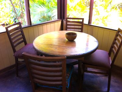 Hibiscus Garden Studio Screened Dining Lanai