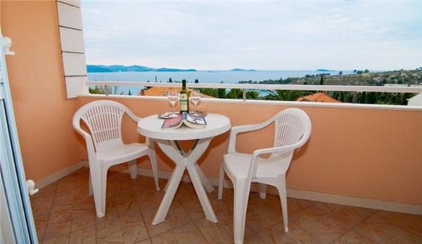 Holiday apartment 359002