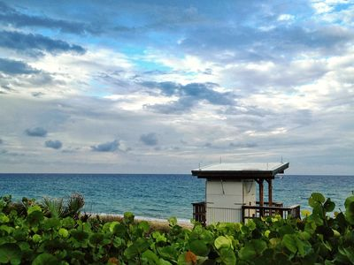 Boynton Beach Lifeguard Stand