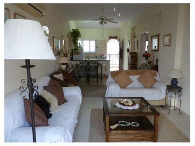 A comfortably furnished 2 double bedroomed apartment in a sought after complex