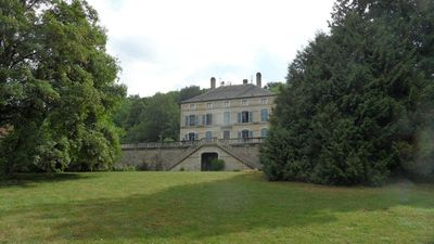 NEW! - Beautiful bourgeois property in the heart of Burgundy History