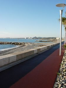 Cagnes-sur-Mer studio rental - Promenade to walk, bike, skate board or people watch