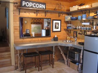Wrightwood cabin photo - The Hideaway's kitchenette: custom concrete counter and local tree branch legs.