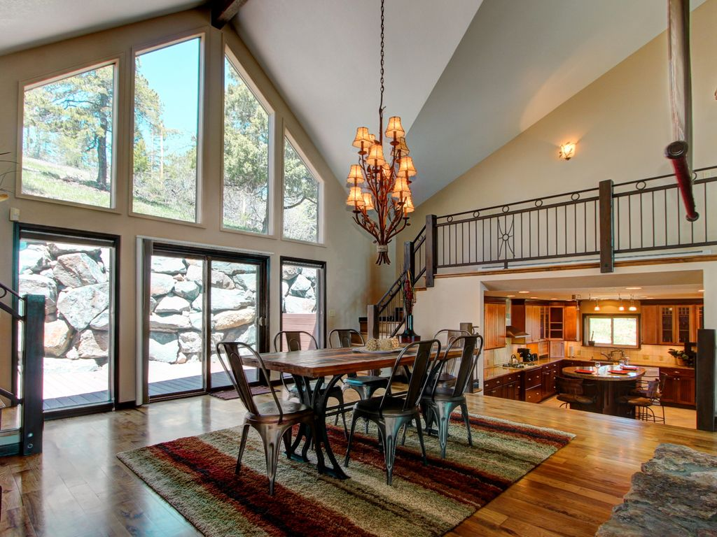 4000 Sq Ft Luxury Mountain Home 28 Mins To Vrbo