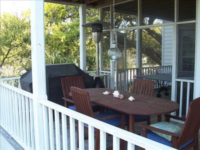 Porch: Outdoor Dining Room, Grill, Ping Pong Table
