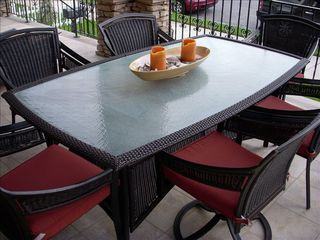 Gold Coast condo photo - Front porch dining table