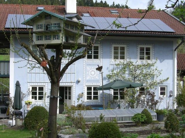 Near Chiemsee: Anja House, Family-friendly. Apartment (85m²) with 2 sep. Bedrooms,