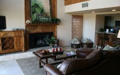 Redington Shores house rental - Unit 2 Living rm, fireplace, 10' of sliding glass doors to the left