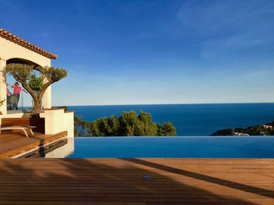 Luxurious Villa with Spectacular sea views and landscape