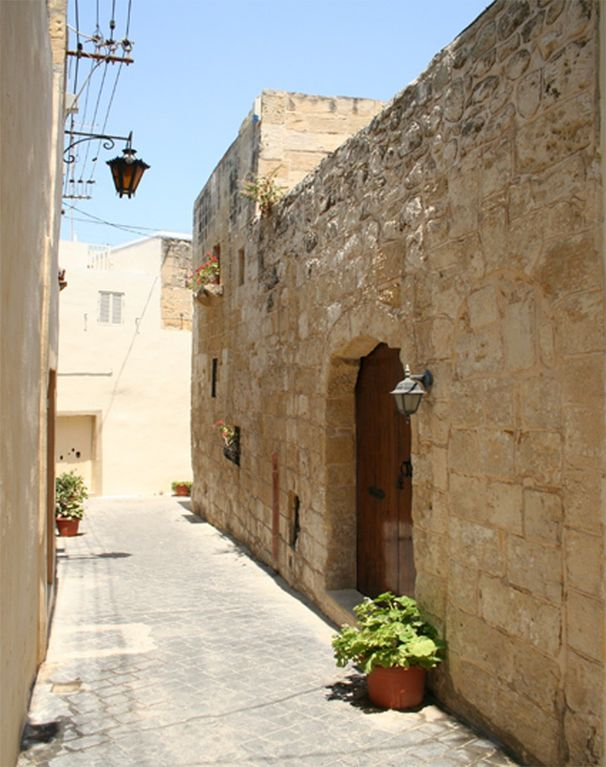 Citta Vecchia The Old City A Charming 400 Year Old House Of Character Malta