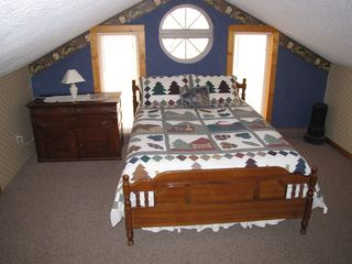 Chattanooga cabin photo - Loft Queen bed