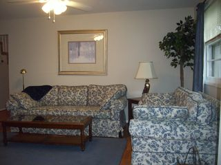 Colonial Beach cottage photo - Livingroom for a nice visit with family and friends.