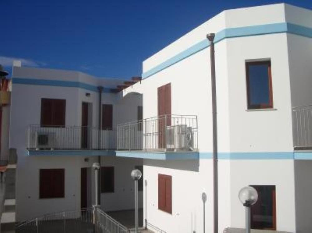 Air-conditioned apartment, close to the beach