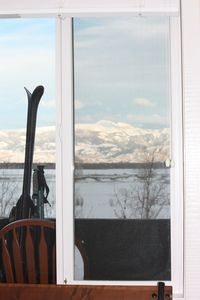 Set your skis down, pull a chair onto the deck, relax and enjoy the vistas.