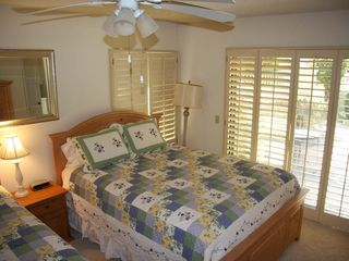 Palm Desert condo photo - Another view of guest bedroom