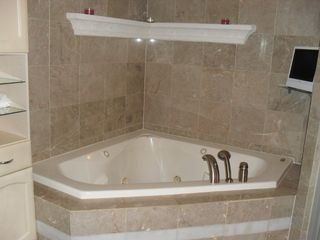 Pompano Beach apartment photo - Jacuzzi bathtub in master bath
