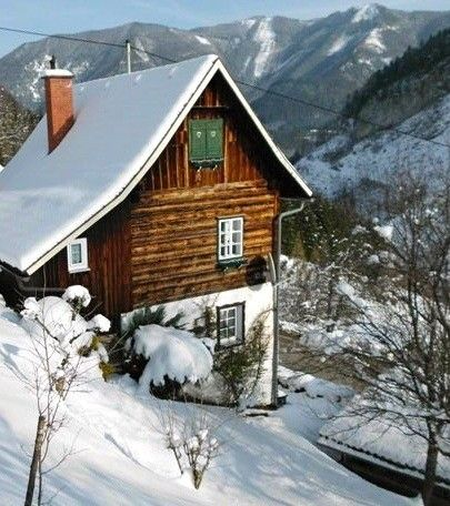 Relaxing holidays in the Nat. Limestone Alps in a romantic hut to 6 suns