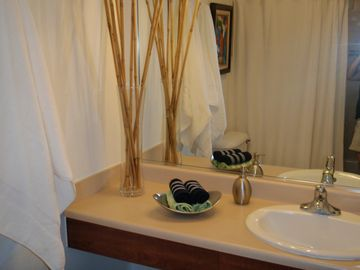 Loiza apartment rental - Bathroom Suite