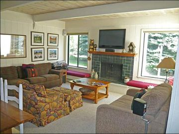 Sun Valley townhome rental - Delightful Living Room
