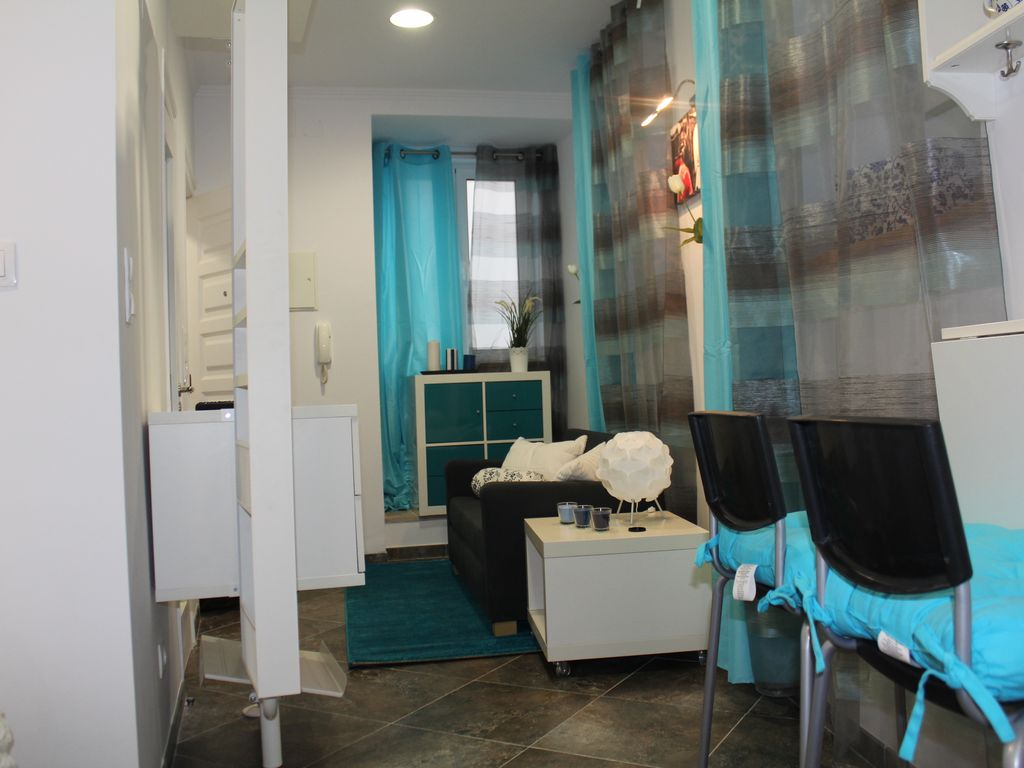 Apartment 35 square meters, close to the sea