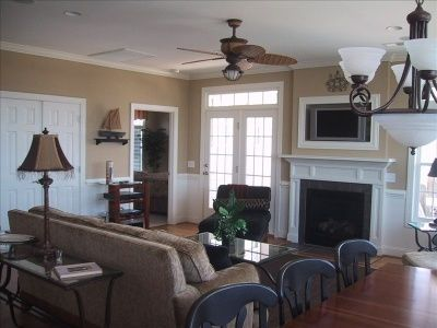 Spacious living area on upper level with surround stereo/tv/fireplace!