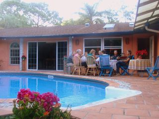 Naples house photo - Enjoying dinner al fresco with friends