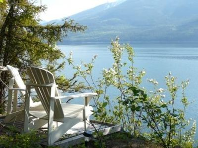 Relax with peaceful views of Arrow Lakes & Saddleback Mountain Range
