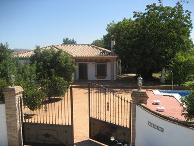 DELIGHTFUL VILLA, PRIVATE POOL, WI-FI, FRUIT TREES, HALF HOUR  FROM COSTA DELSOL
