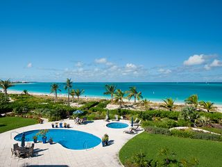 Providenciales - Provo condo photo - View of the pool from the deck