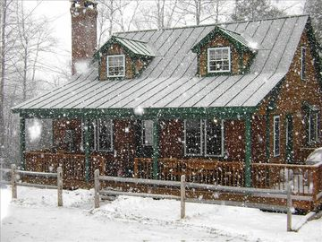 Echo Lake house rental - Cabin in winter