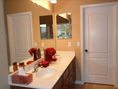 San Tan Valley bungalow rental - master bath