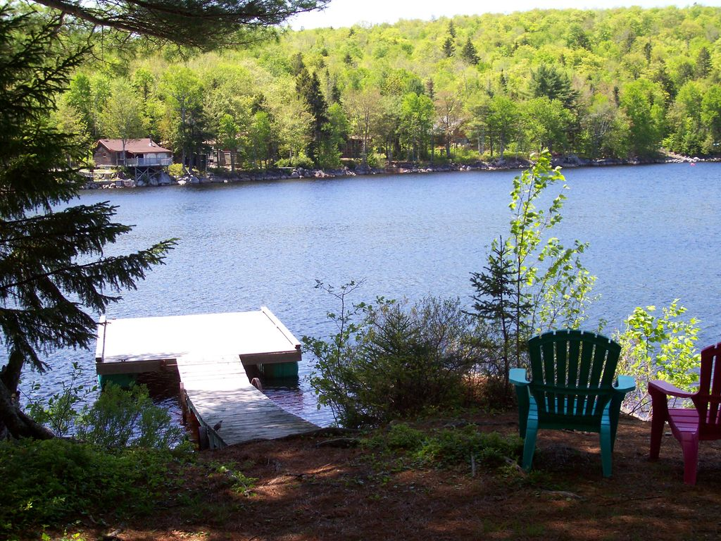 Loon 39 s call vacation cottage on sherbrooke lake vrbo for Vacation cottage
