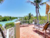 Stunning Views from the Expansive 5 Bedroom Captiva Home!