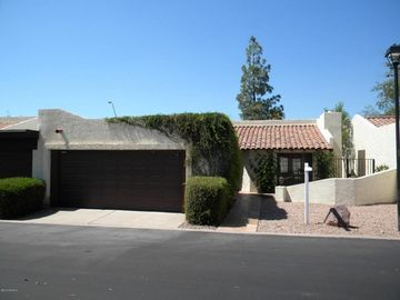 Mesa townhome rental - Automatic two car garage with opener - front of property