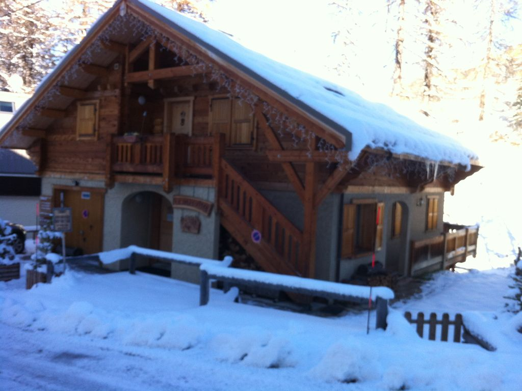 vars les claux luxury chalet and friendly