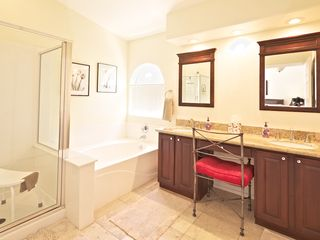 Fountain Hills house photo - Master bathroom with relaxing tub and shower