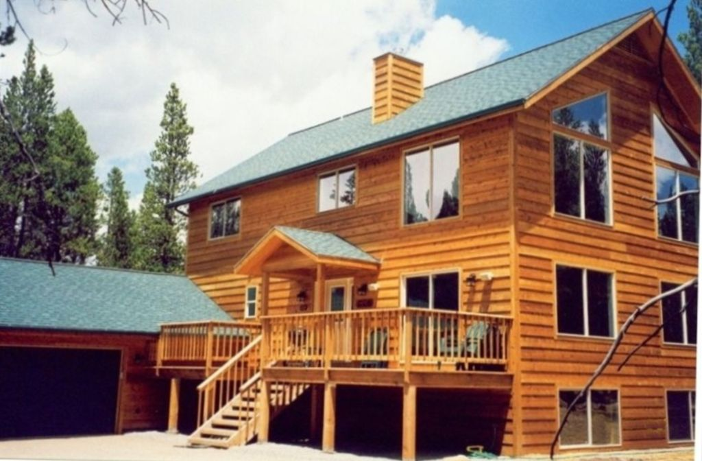 Pine view home of leadville beautiful large modern home for Big modern house tour